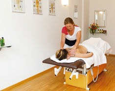 Relaxation with massages inclusive in the Hotel Achentalerhof